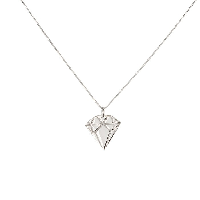diamond_silver_necklace
