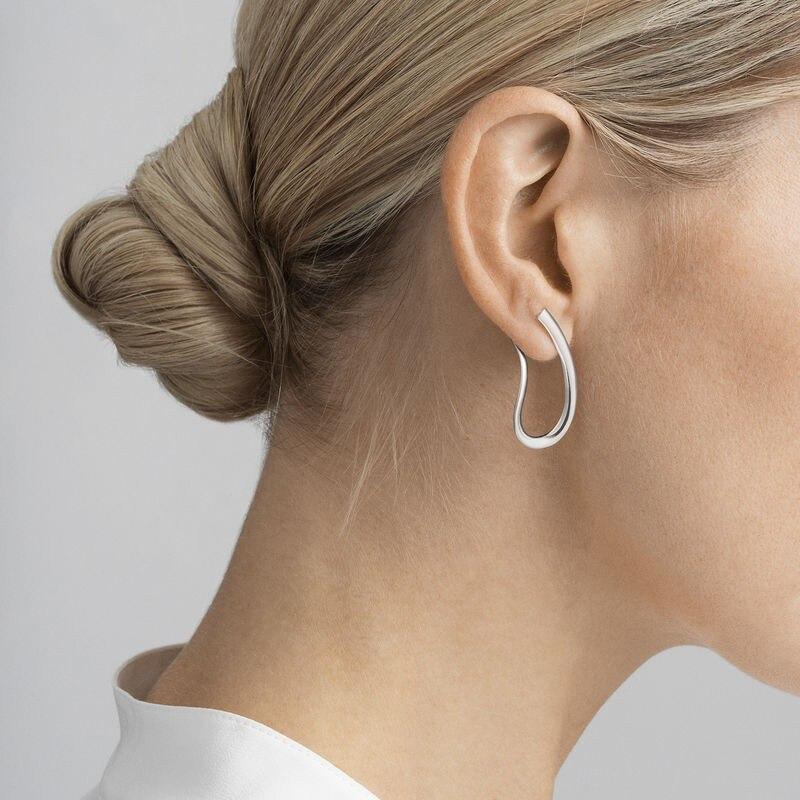 onmodel__10013676-infinity-earring-sterling-silver